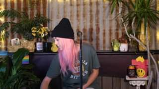 Watch Elise Courtney Live Acoustic - Sunday Session #21 *Fathers Day